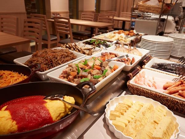 【福岡・ホテルフォルツァ博多】九州の食材が並ぶおいしいホテルの朝食