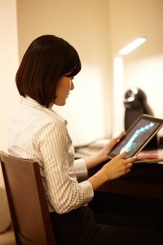 ホテルフォルツァ博多、全客室にiPadを設置します